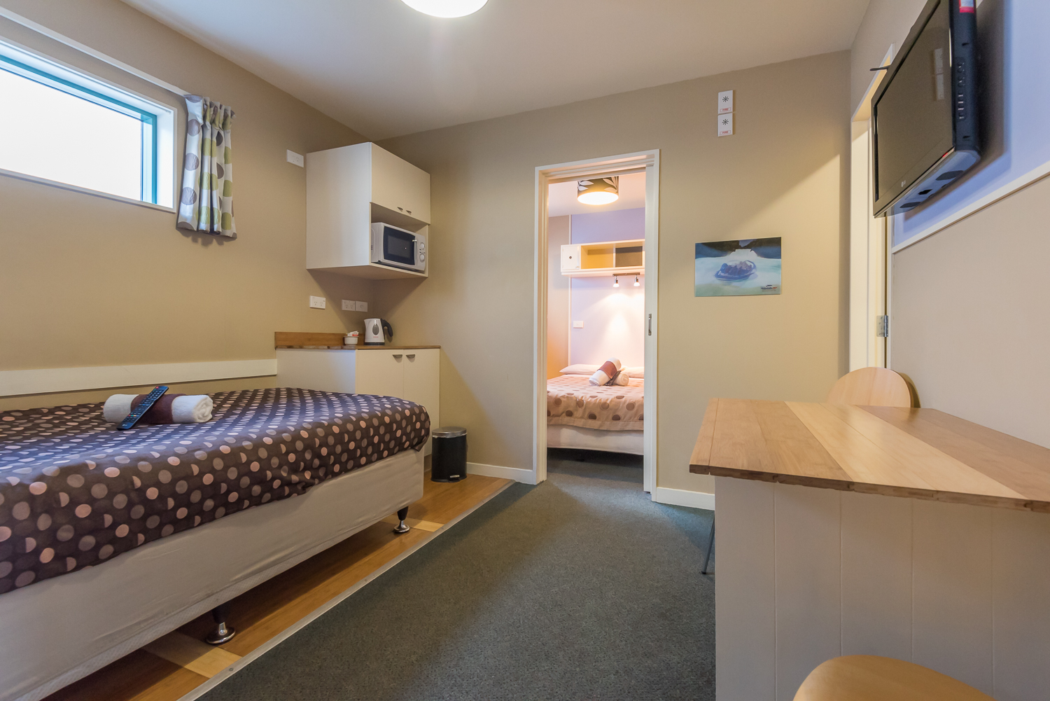 Affordable Rotorua Accommodation - Astray Motel is located in the heart of Rotoruia and close top all the attractions in town